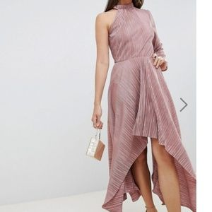 ASOS DESIGN asymmetric one sleeve plisse dress